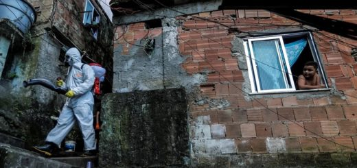Con 105 víctimas en 24 horas, Brasil suma más de 1.300 muertos y supera los 23 mil contagiados