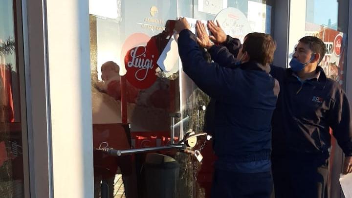 Coronavirus: la Policía clausuró una heladería de Posadas por no acatar la cuarentena