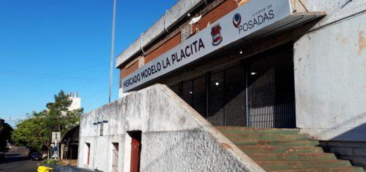 """Coronavirus: vendedores querían ingresar a sus locales en """"La Placita"""" y tuvo que intervenir la Policía"""