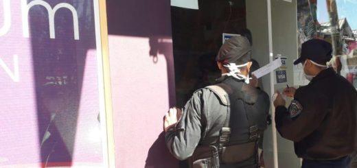 Coronavirus: en menos de 12 horas, la Policía clausuró 15 comercios no incluidos en los rubros habilitados