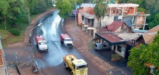 Coronavirus: en Eldorado realizan la segunda desinfección de la avenida principal y alrededores