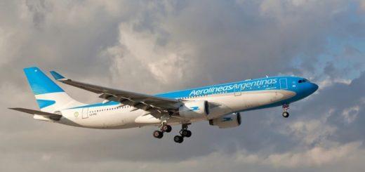 Un vuelo de repatriados trasladó el cuerpo embalsamado de un empresario que murió en Nueva York: no declararon que tuvo coronavirus