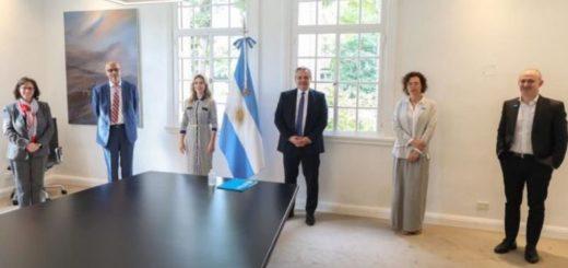 Coronavirus: el Presidente se reunió con autoridades de UNICEF Argentina