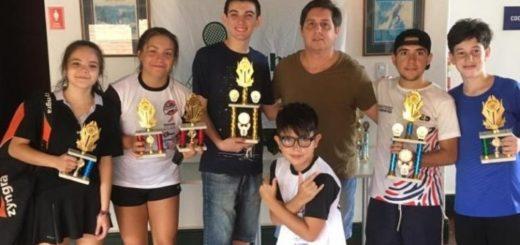 """""""Les pido a los chicos que agarren la raqueta y se motiven"""", comentó José María Ramírez, DT de Misiones Squash"""