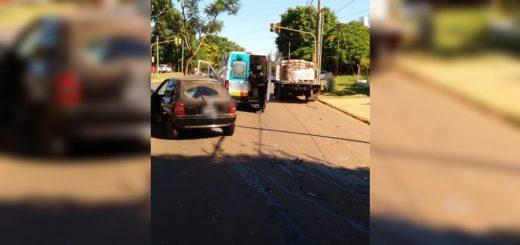 Posadas: automovilista alcoholizado incumplió la cuarentena, chocó contra un camión estacionado y fue detenido