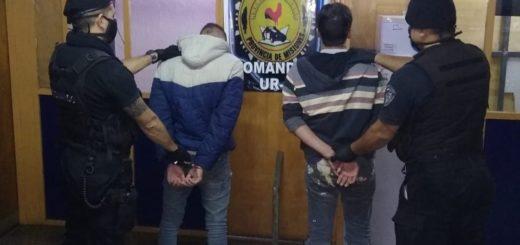 Fueron atrapados cuando intentaban robar en un departamento de Posadas con un barrote