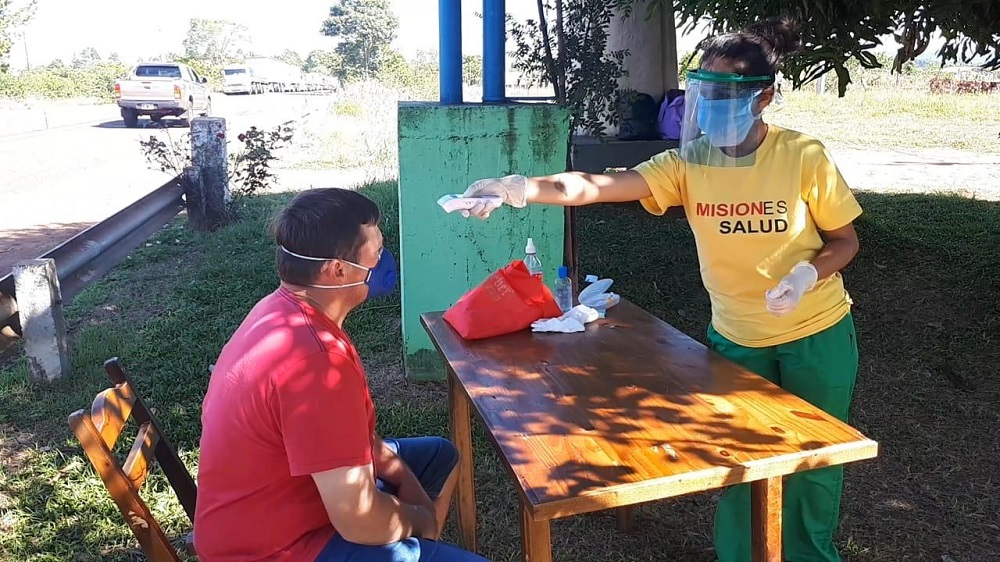 Coronavirus: se realizan estrictos controles en el paso fronterizo de San Javier
