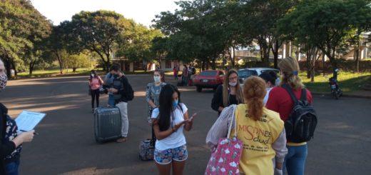 Coronavirus: 110 universitarios de la UNaM que estaban varados en Posadas, Oberá, San Pedro y Eldorado pudieron regresar a sus hogares