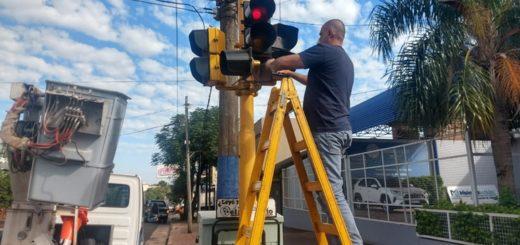 Reparan semáforos en distintos puntos de Posadas