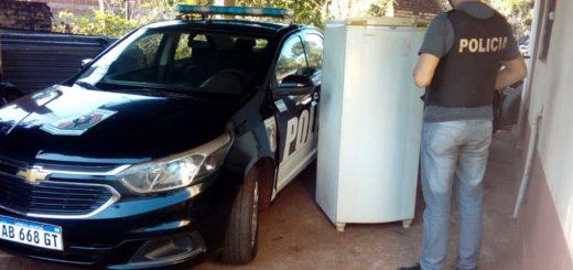 Jardín América: en el barrio Timbocito recuperaron una heladera robada