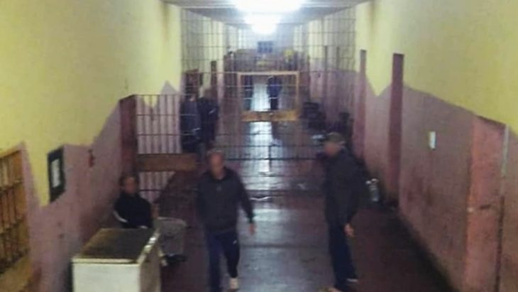 Coronavirus: dos hombres acusados de violar a sus hijos y otros diez presos ya gozan del beneficio de la prisión domiciliaria otorgado por jueces de Misiones en Iguazú y Eldorado
