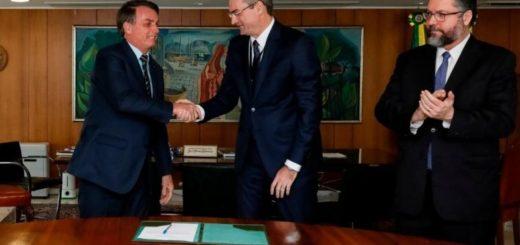 Bolsonaro nombró al comisario Rolando de Souza como nuevo jefe de la Policía de Brasil