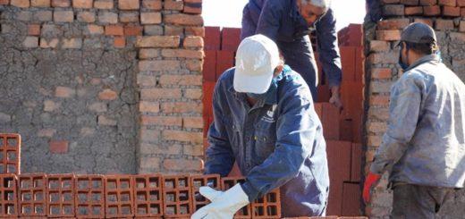 A través de la colaboración del IFAI, la cooperativa de Ladrilleros Unidos logró retomar la producción de ladrillos cerámicos