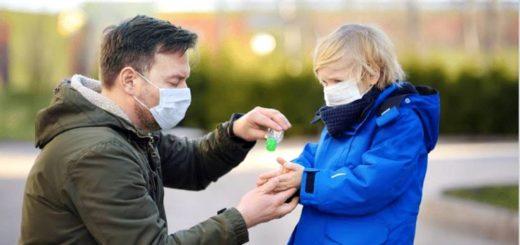 Aún en reuniones al aire libre, especialistas recomiendan usar el barbijo y mantener distancia para evitar contagios de COVID-19
