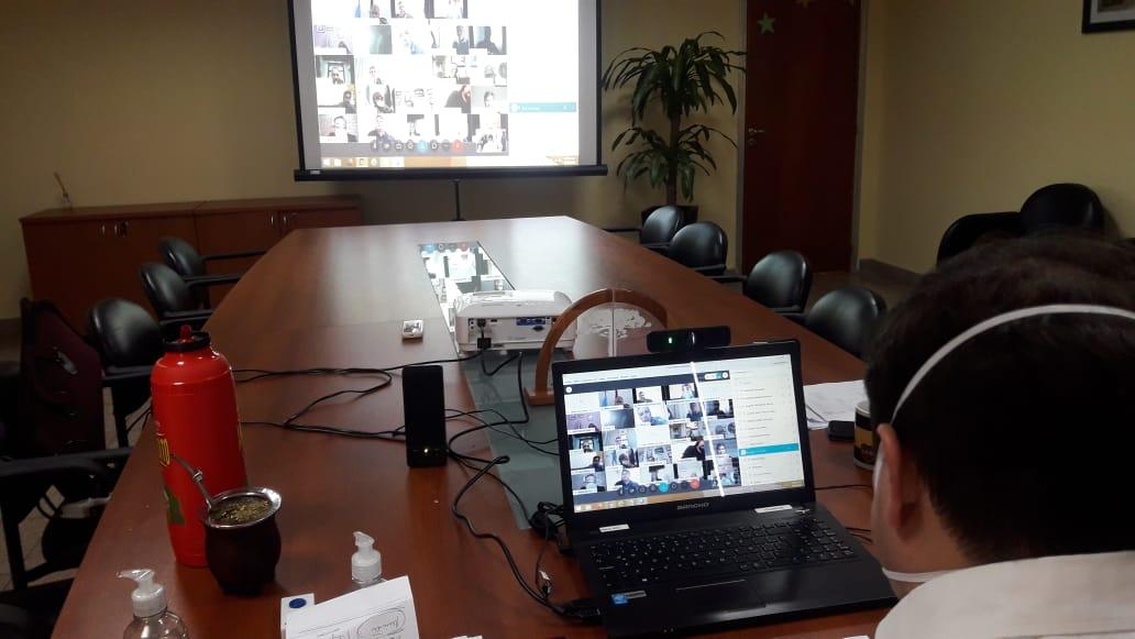 Coronavirus: Oscar Alarcón coordina acciones de trabajo con intendentes