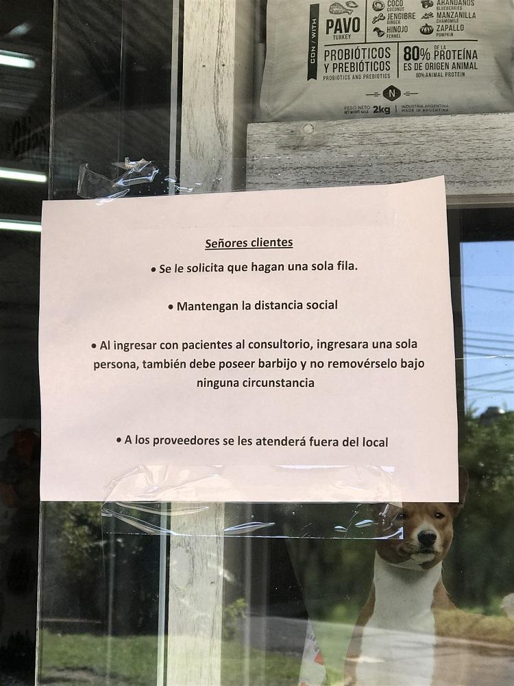 Las ventas en las veterinarias cayeron durante el aislamiento y atienden con estrictas medidas de prevención