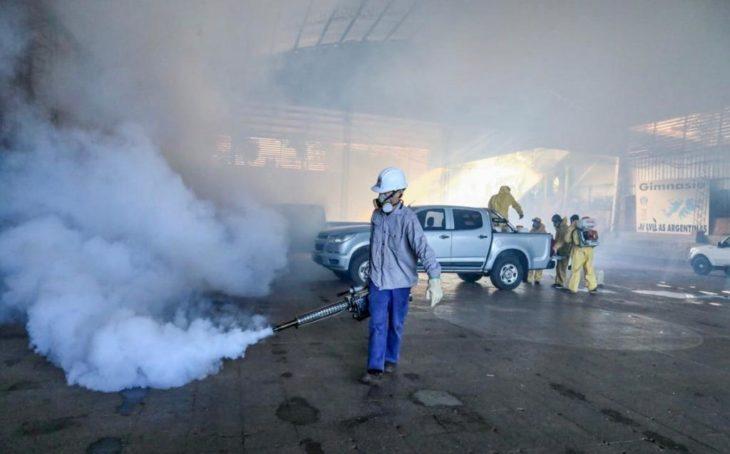 Se llevó a cabo una importante jornada de fumigación en los Polideportivos municipales y Clubes de Eldorado