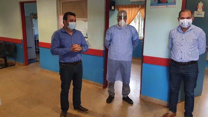 Oscar Herrera Ahuad y Leonardo Stelatto entregaron insumos médicos en Caps municipales