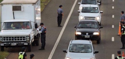 """Cuarentena fase 4: el Jefe de la Policía de Misiones indicó que ya no serán """"tan estrictos con los permisos"""", pero llamó a la población a ser responsables y """"salir si necesitan comprar"""" no """"a pasear"""""""
