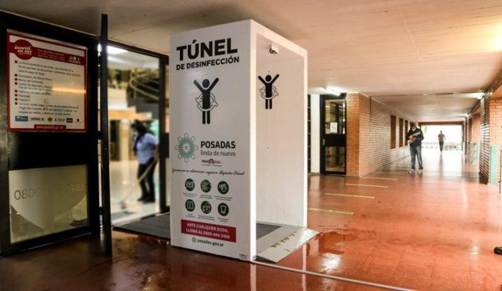 Instalaron un túnel de desinfección de personas al ingreso de la Municipalidad de Posadas