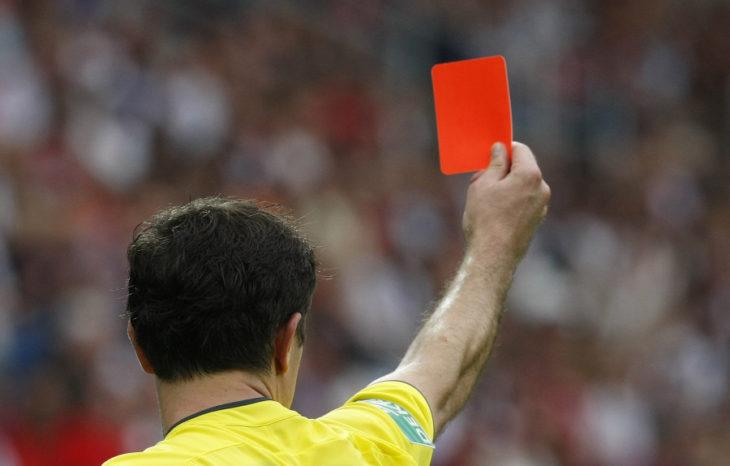 Coronavirus: árbitros misioneros le sacan tarjeta roja al Covid-19 y solicitan donaciones para los colegas que se ven afectados por el parate del fútbol