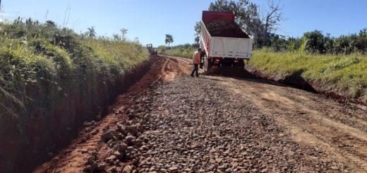 Vialidad de Misiones trabaja en mejoras de caminos rurales y rutas provinciales