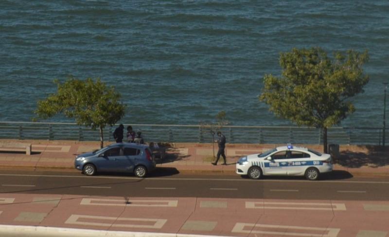 La Policía tuvo que intervenir ante una pareja que se encontraba en la Costanera de Posadas infringiendo la cuarentena