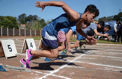 Rafael Morgenstern pidió paciencia a los deportistas y explicó que todavía rige un decreto que prohíbe la actividad deportiva en la provincia