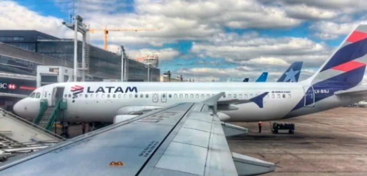 Latam anunció el despido de 1.400 trabajadores