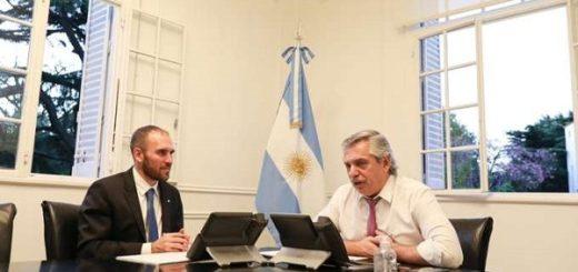Alberto Fernández está reunido en Olivos con parte de su gabinete para analizar cómo sigue la cuarentena y la negociación de la deuda