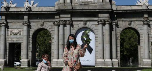 España no permitirá el ingreso de turistas extranjeros hasta julio