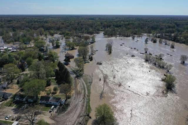 EEUU: más de once mil evacuados por inundación histórica en Michigan, tras colapsar dos represas por las intensas lluvias