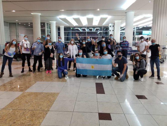 Coronavirus: más de 800 argentinos varados en países de Asia y Oceanía regresaron al país