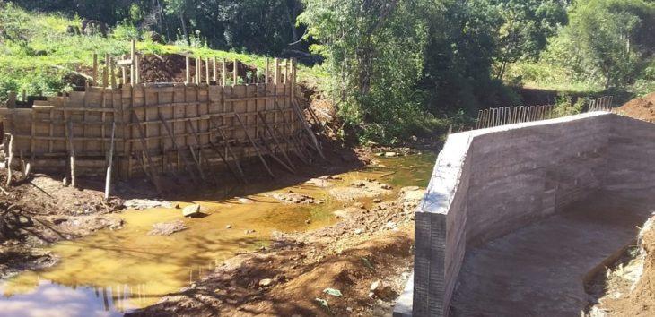 """El programa """"100 Puentes"""" avanza con obras en San Vicente, Pozo Azul y San Antonio"""