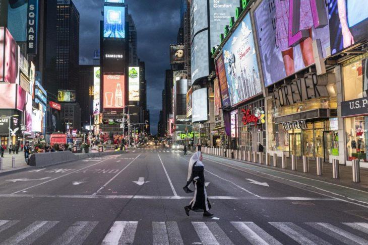 Coronavirus: en Nueva York el Estado autorizó reuniones de hasta 10 personas