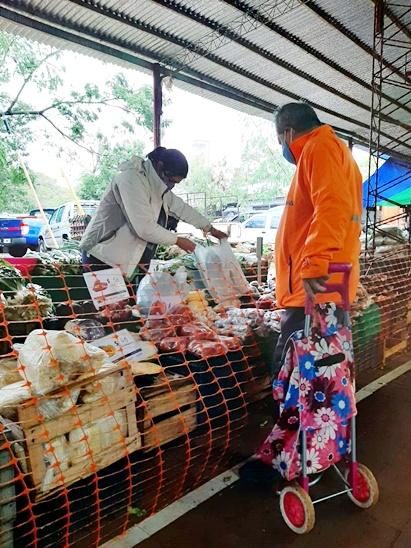 Productores de las Ferias Francas de Misiones comenzaron a sumarse a la campaña de eliminación de bolsas plásticas