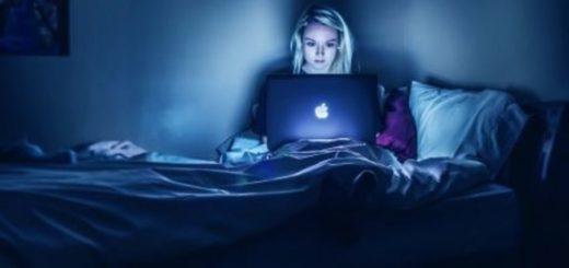 Luz azul: ¿cómo afecta a la piel la sobre-exposición a pantallas?