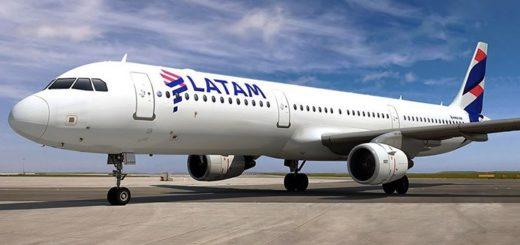 Latam se declaró en bancarrota y desde el Ministerio de Trabajo intimaron a la filial argentina para que pague los salarios