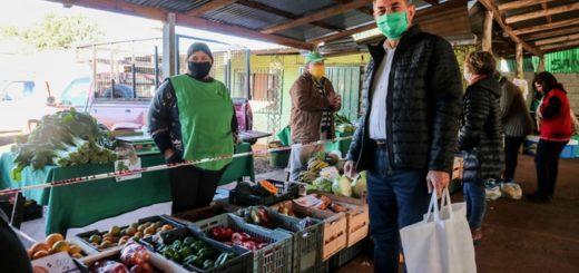 Posadas: el intendente Leonardo Stelatto recorrió la Feria Franca del barrio Santa Rita
