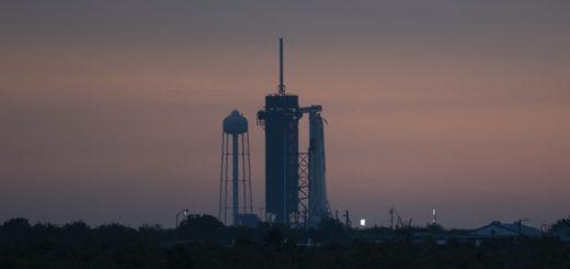 SpaceX y la NASA posponen el histórico lanzamiento de astronautas debido al mal tiempo