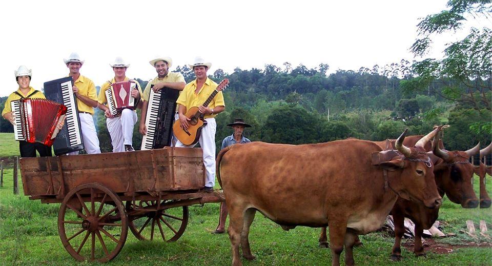 """Montecarlo: tristeza y conmoción por la muerte del popular músico Carlos Scherer, del grupo """"Los Hermanos Scherer"""""""