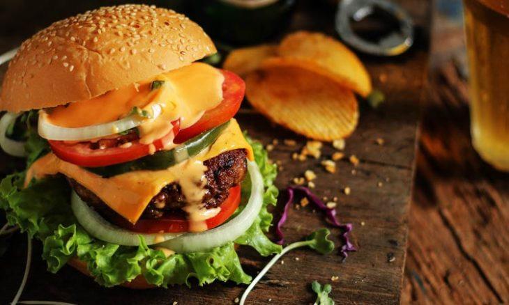 ¿Por qué se celebra hoy el Día Internacional de la Hamburguesa?