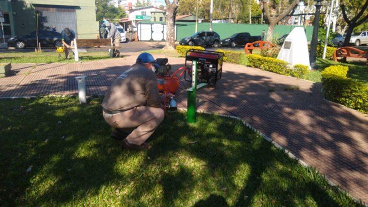 Comenzaron las remodelaciones en las plazoletas de la avenida Roque Pérez de Posadas