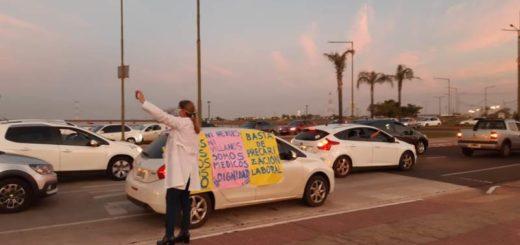 Coronavirus: en Misiones los médicos, profesionales y personal de salud se plegaron a la protesta nacional para visibilizar su situación laboral