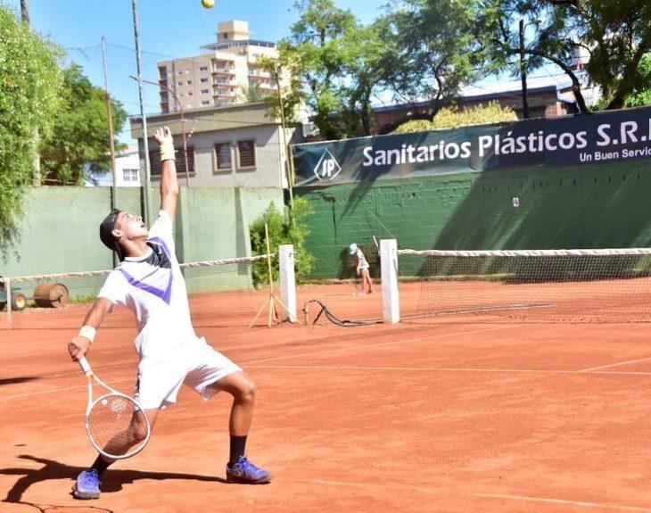 """Eduardo Messa, presidente de la Federación Misionera de Tenis sostuvo que """"la gente fue responsable, cumplió a rajatabla con el protocolo"""""""