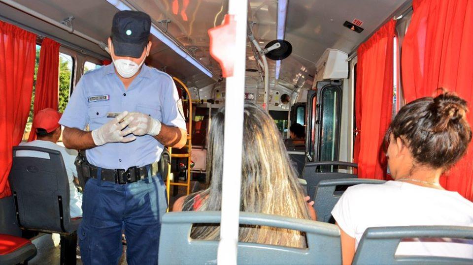 """#Coronavirus: más de 90 mil misioneros ya utilizan la aplicación para gestionar salidas """"y ahora la Policía ya no instala tantos retenes, sino que circula controlando que se cumplan los protocolos"""", aclaró el ministro Pérez"""