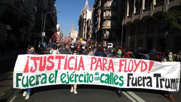 Agrupaciones de izquierda marcharon en Buenos Aires en repudio a Donald Trump tras la muerte de George Floyd