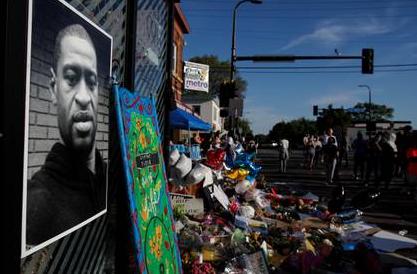 EEUU: presentaron cargos contra los otros tres policías involucrados en la muerte de George Floyd