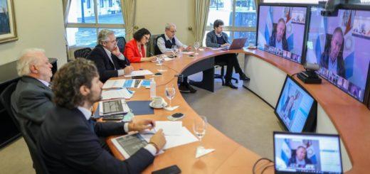 Por videoconferencia, el Presidente analiza la evolución de la cuarentena con gobernadores