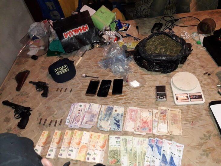 """Posadas: la Policía desbarató un """"aguantadero"""" de drogas y secuestó armas de fuego"""